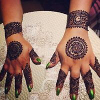 Henna artist available for all occasions