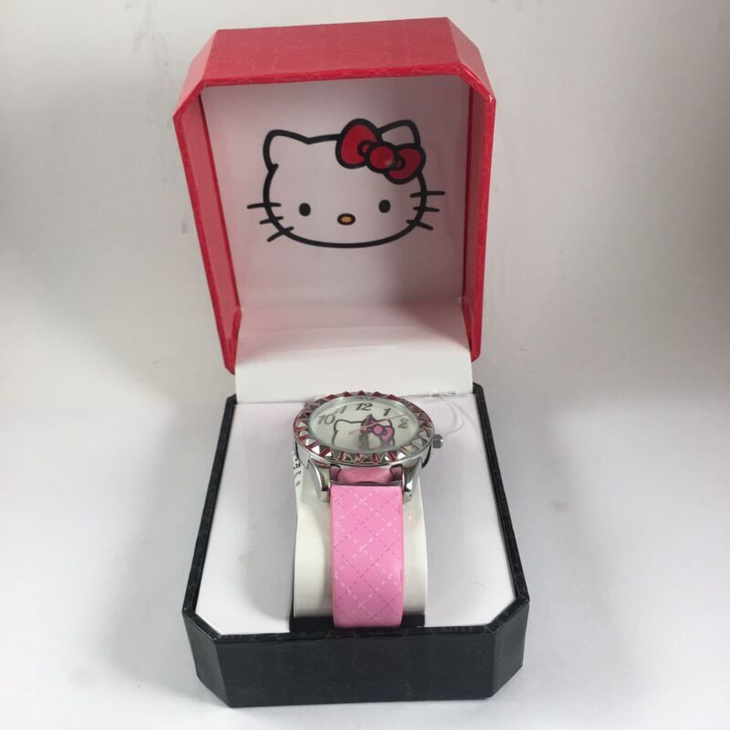 Hello Kitty 1976,2013 By SANRIO CO. Pink Wrist Band Watch