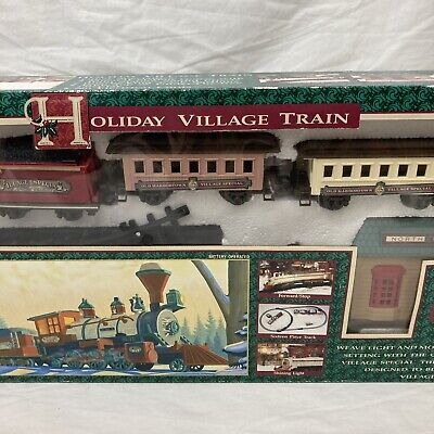 1995 New Bright Christmas Holiday Village Train Set w/ Sound Effects/Musical
