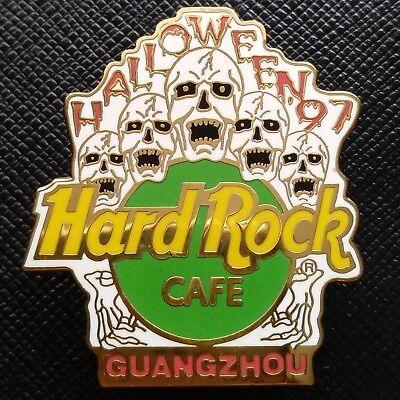 GUANGZHOU CHINA 🇨🇳 Hard Rock Cafe ® HRC PIN 1997 HALLOWEEN 5 Screaming SKULLS](Guangzhou Halloween)