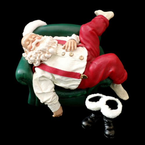 """CLOTHTIQUE POSSIBLE DREAMS / SANTA CLAUS / """"CATCHING SOME Z"""