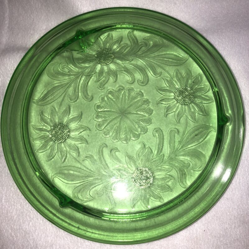 Vintage Jeanette Depression Glass Footed Cake Plate Stand Sunflower Daisy Green