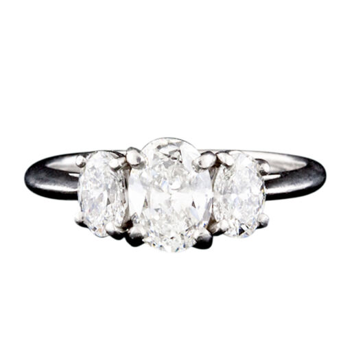 Flawless Oval Cut Platinum Diamond Engagement Ring 1.60 Carat  GIA Certified