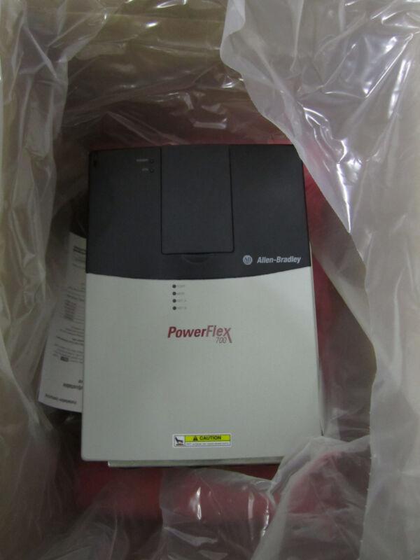 New Allen Bradley 20bd027a0ayyand0 Powerflex 700 20hp Nd 15hp Hd