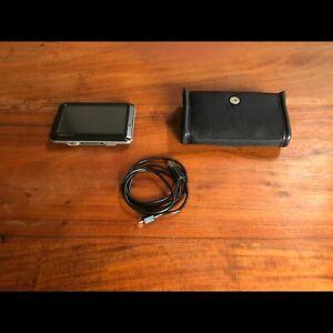 Garmin NUVI 780 GPS WiFi Bluetooth Carte SD TomTom