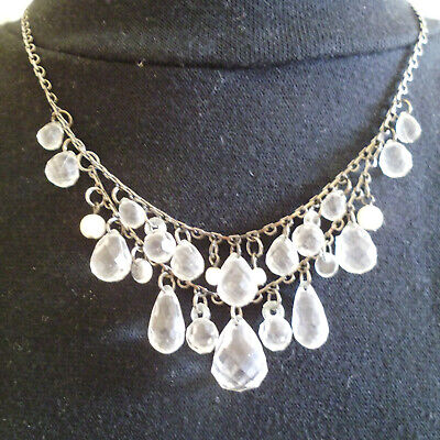VINTAGE NECKLACE WITH SILVER CHAIN HOLDING FACETED CLEAR BEADS for sale  Shipping to South Africa