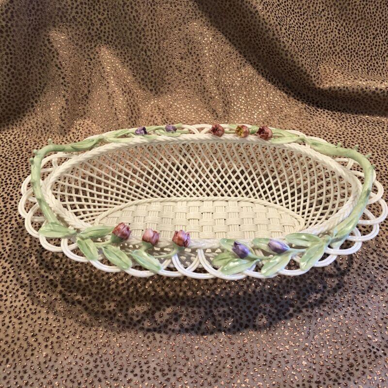 Contemporary Belleek Irish Porcelain Annual Basket 816/1500 Marked