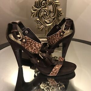 Women's Brown & Gold Heeled Leather Sandal St Johns Park Fairfield Area Preview