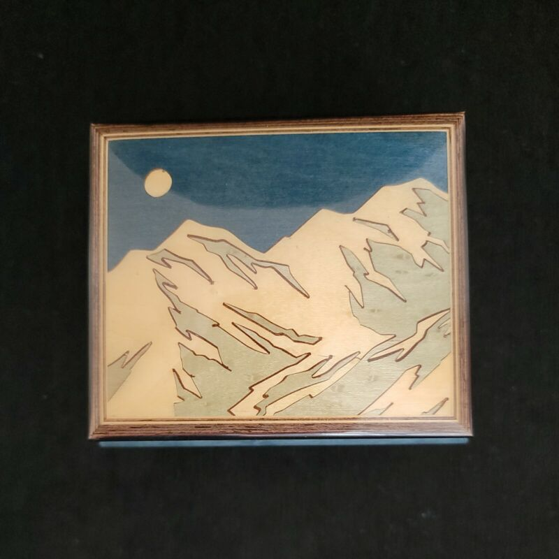 """REUGE MUSIC BOX BLUE MOUNTAINS """"Let There Be Peace On Earth"""" Made In Italy"""