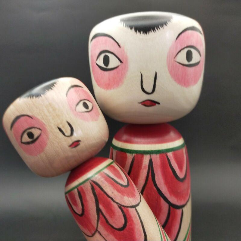 Japanese wooden dolls pair of Takobozu kokeshi,peony Hanzawa Masanori Nakanosawa
