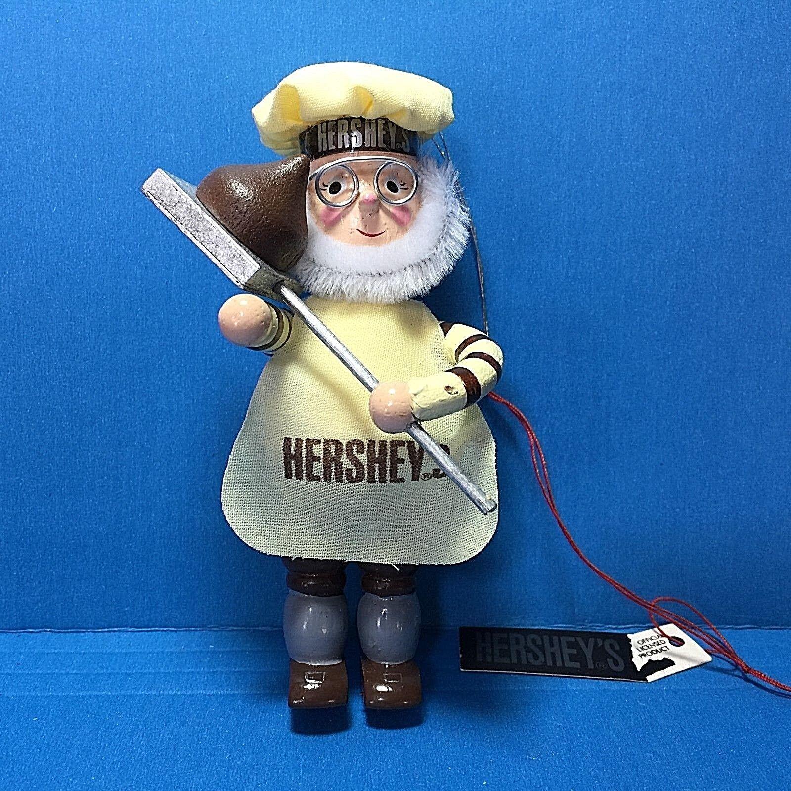 Купить Hershey's Chocolate Mr Baker Elf Baking A Chocolate Kiss Wood Ornament