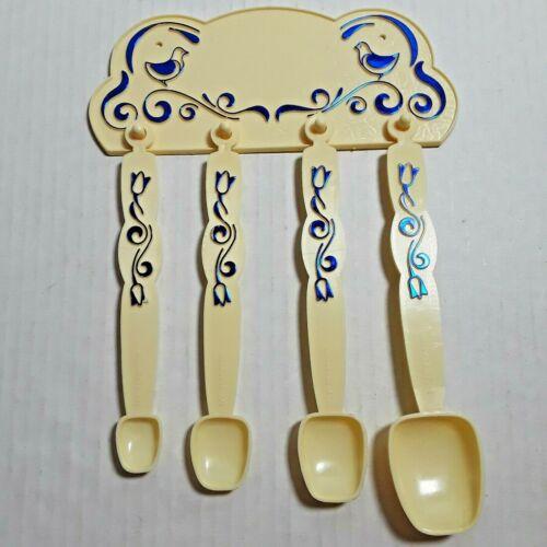 Set of Vintage Plastic Birds Floral Measuring Spoons and Hanging Bracket Kitchen