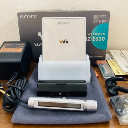 Sony MZ-E620 MD Walkman Portable Player MDLP Silver Hologram Excellent Condition