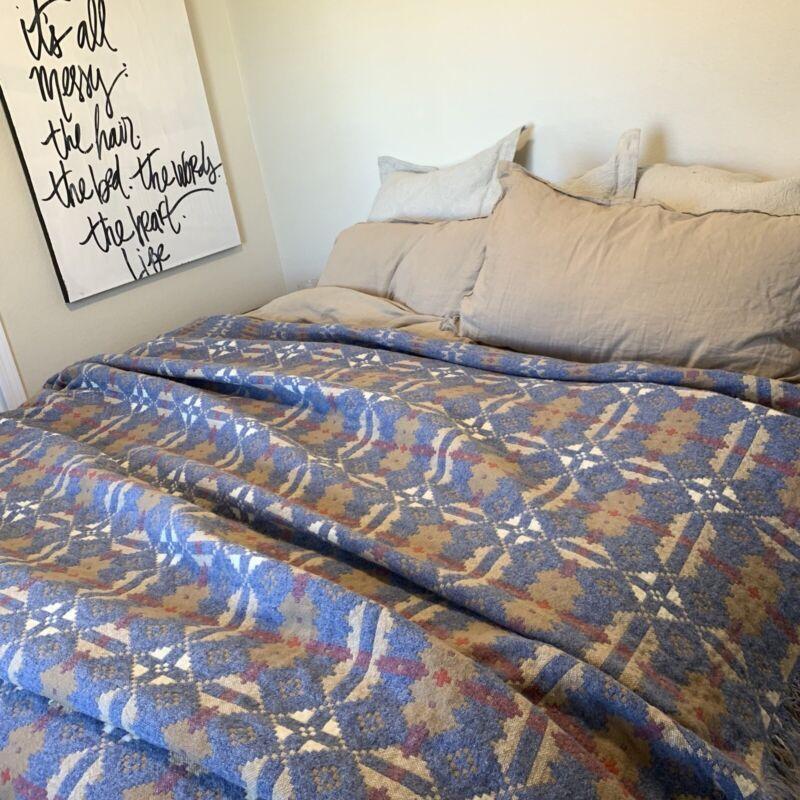 Vintage Welsh Brynkir Wool Tapestry Blanket Reversible Antique Quilt 91x91