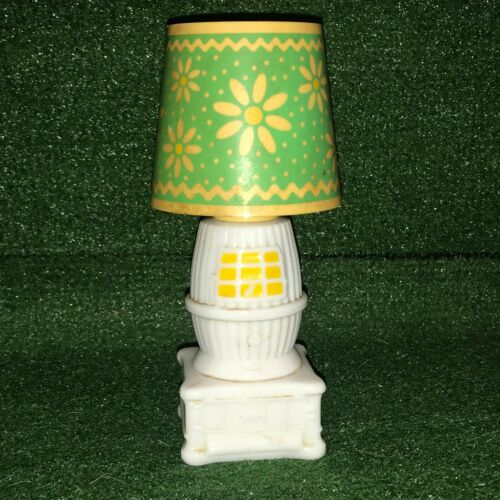 vintage Avon Country Charm Lamp Decanter - Field of Flowers Cologne Full