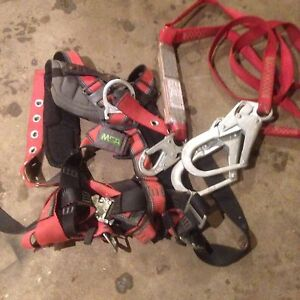 Fall arrest protection harness/security harnest