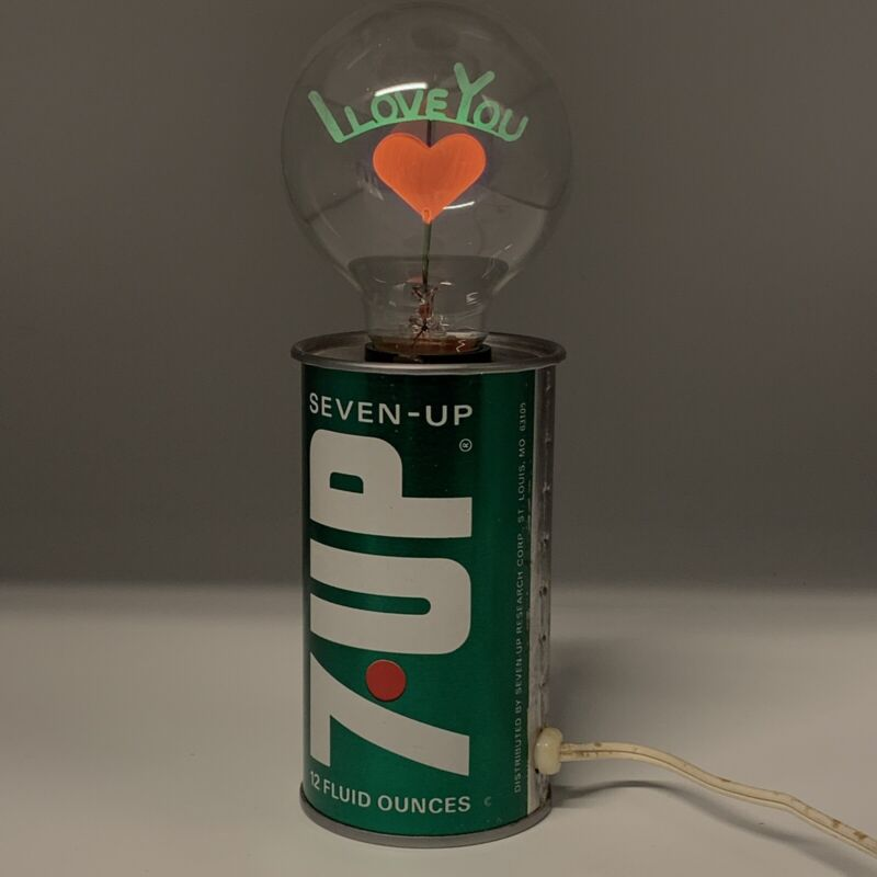 "7up Vntg Can Lamp w/ ""I Love You"" Light Bulb"