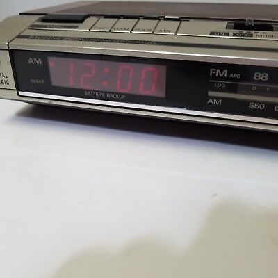 GE 7-4634B Vintage Wood Grain AM/FM Clock Radio Alarm Snooze Tested Works Video