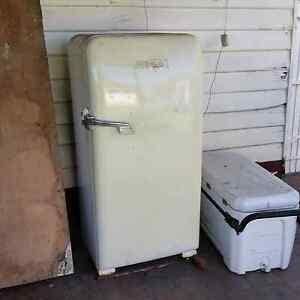 60 ' s retro fridge. Yarraville Maribyrnong Area Preview