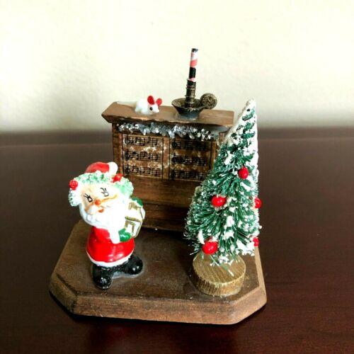 Vintage Christmas Spaghetti Santa Scene with Piano and Tree