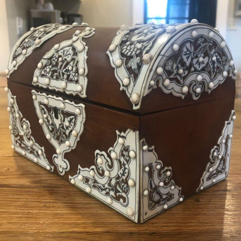 Anglo Indian Vizagapatan Sandalwood Domed Stationary Box