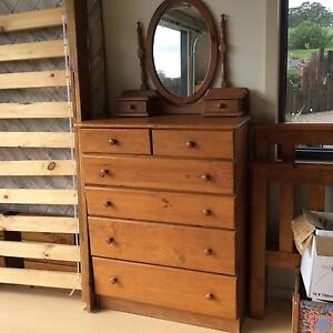 Single bedroom timber furniture Exeter Bowral Area Preview