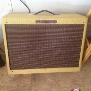 "Fender Hot Rod Deluxe 112 80-watt 1x12"" Extension Cabinet"