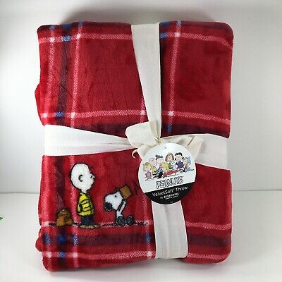 "Berkshire Blanket Peanuts Red Plaid Picnic Printed Throw NWT 55""x70"" Snoopy"