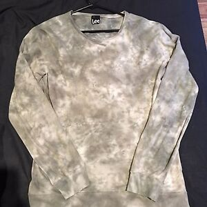 Size small Lee jumper Grose Vale Hawkesbury Area Preview
