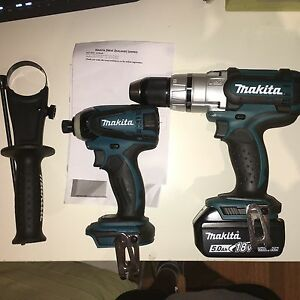 Brand new makita drill set + 5 amp battery Hornsby Hornsby Area Preview