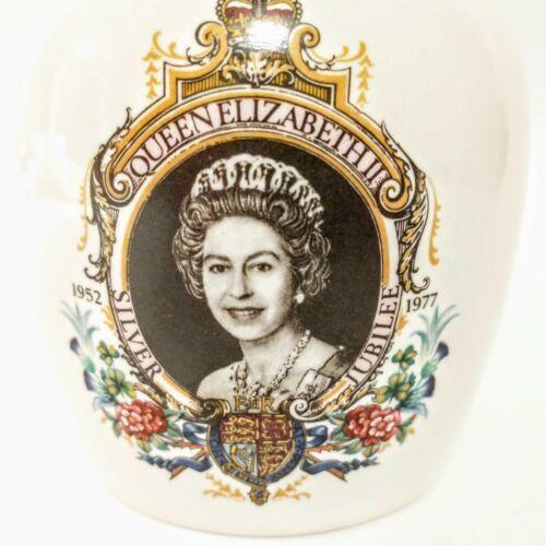 Queen Elizabeth II Potpourri Jar, Silver Jubilee 1952-1977, Lord Nelson Pottery