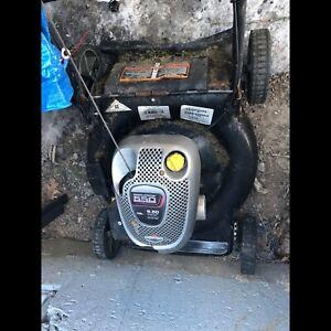 Briggs & Stratton Gas Lawn Mower