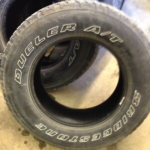 Five Bridgestone Dueler A/T 255/70/R18