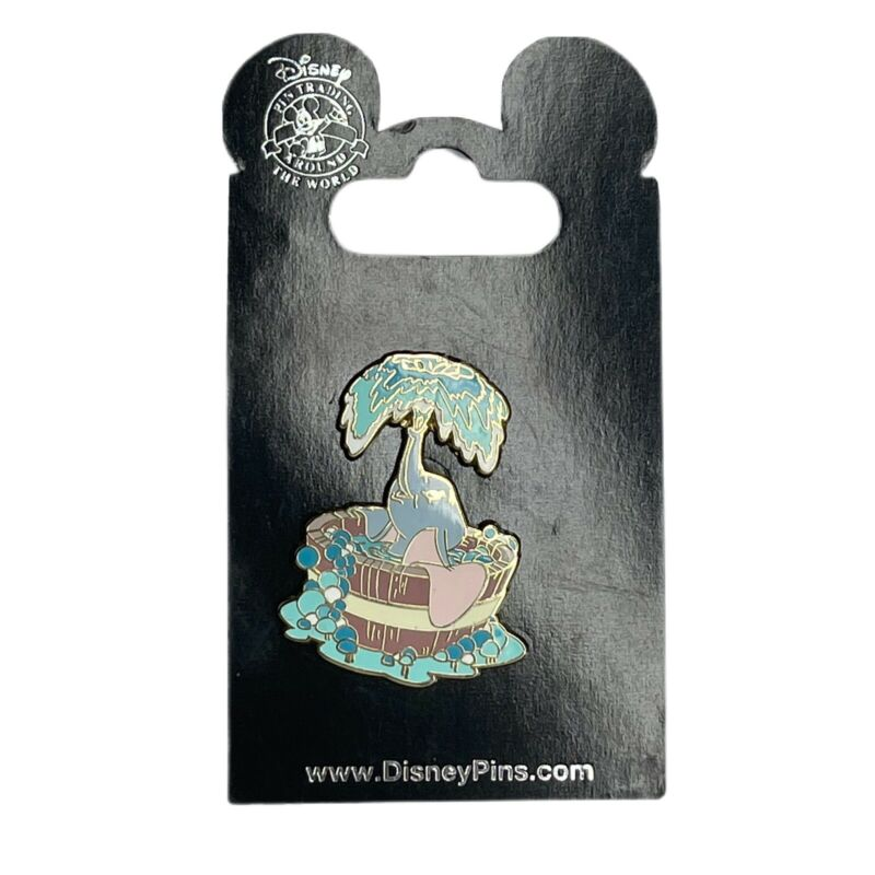 Disney Pin 40922 Dumbo Spraying Water Wooden Bath Time Bubbles Gold-toned 2008