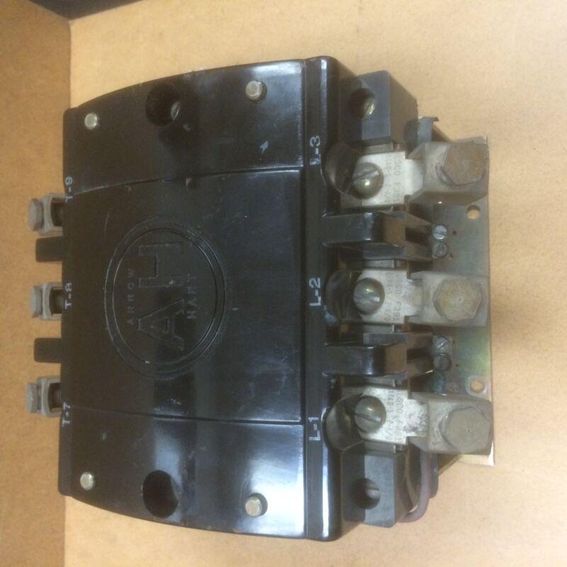 33026A Arrow Hart Contactor 208-240V Coil