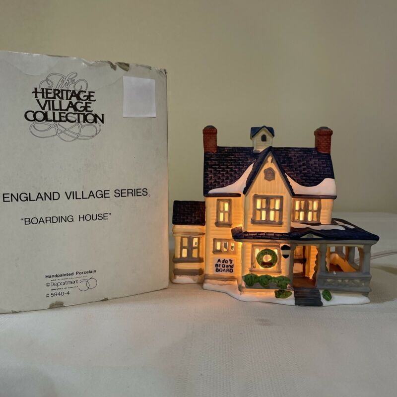 Dept 56 New England Village Series, Boarding House, #5940-4