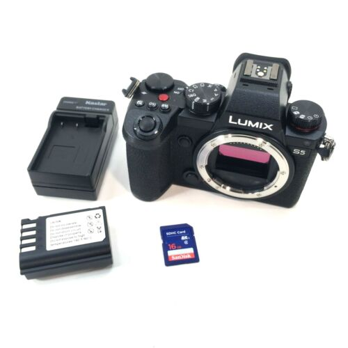 Panasonic LUMIX S5 24.2MP Camera BODY ONLY w/ Battery & Charger Shutter Count 60