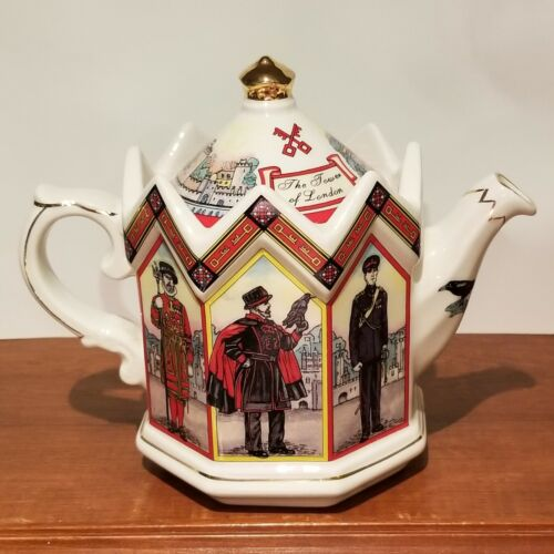 "James Sadler ""Tower Of London"" Collectible Crown Teapot Best Of Britain, England"