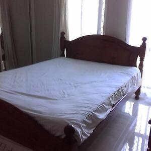 Timber queen size bedroom, delivery possible! Marayong Blacktown Area Preview