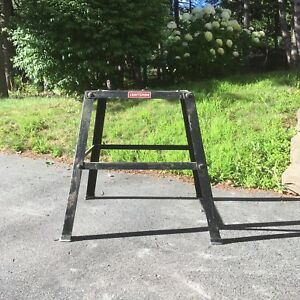 Craftsman tool stand