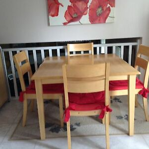 Kitchen table and 4 chairs $150