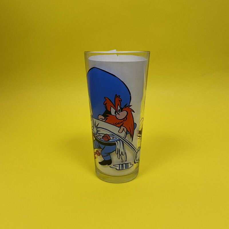 Vintage 1976 Looney Tunes Yosemite Sam Pepsi Glass Collectible