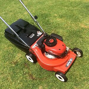Rover lawn mower alloy base 4hp 4 stroke 4 blades Boronia Knox Area Preview