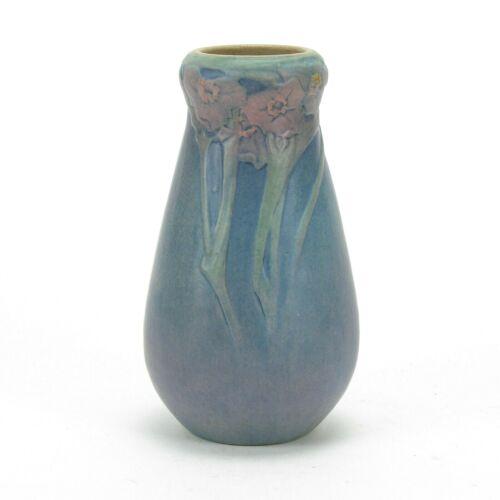 Newcomb College Pottery 1919 floral gourd vase Arts & Crafts matte blue green