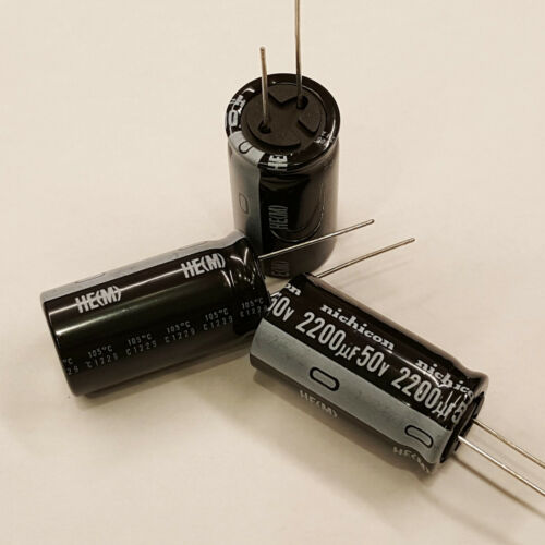 10pcs NICHICON 2200uF 50V 20% Radial Capacitors