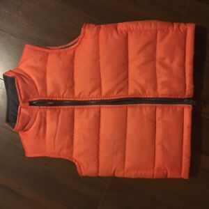 New price ! Oshkosh vest