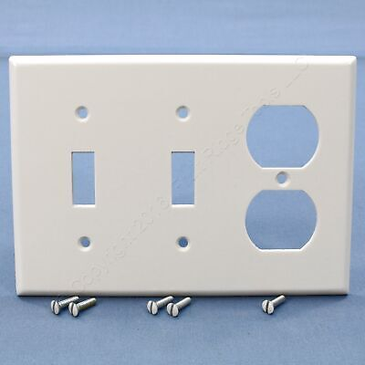 Leviton White 3-Gang Duplex Receptacle Outlet Cover Wallplate Switchplate 88021 Leviton White 3 Gang