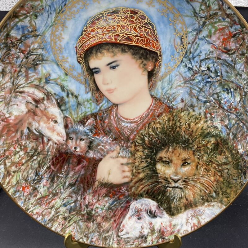 "Edna Hibel Christmas Plate For 1989 ""Peaceful Kingdom"" Limited Edition, 10 1/4"""