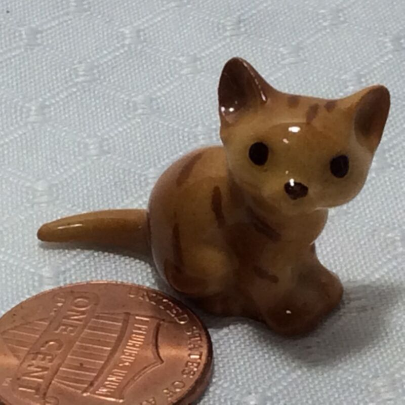 Hagen Renaker Orange Tabby Cat Figurine Sitting