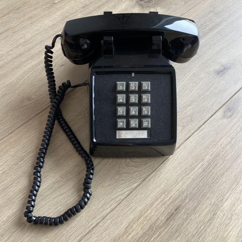 Cortelco ITT Traditional Desk Telephone Analog Volume Black Corded Phone Vintage